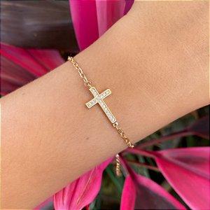 Pulseira com cruz cravejada zirconias cristais banhada a Ouro 18K