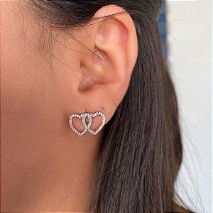 Brinco coração vazado duplo cravejado de zirconias cristais
