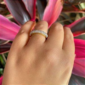 Anel aparador de aliança cravejado de zirconias cristais banhado em Ouro 18K