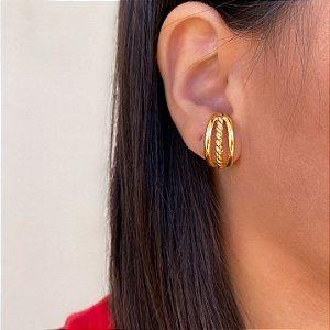 Brinco ear hook metal torcido