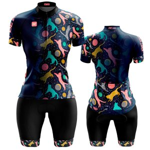 Conjunto Ciclismo Feminino Bermuda e Camisa Gatos Lua