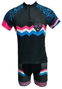 Conjunto Ciclismo Feminino Bermuda e Camisa Coração Biker
