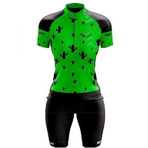 Conjunto Ciclismo Mountain Bike Feminino Bermuda e Camisa Cacto Verde