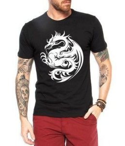 Camiseta Masculina - Dragão Tribal