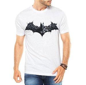 Camiseta Masculina Branca - Batman Cavaleiro da Noite