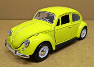 Volkswagen Fusca Amarelo - Escala 1/32 - 13 CM