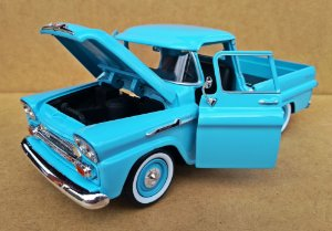 Chevrolet Apache 1958  Azul - Escala 1/24 20 CM