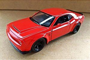Dodge Challenger SRT Demon Vermelho - Escala 1/32 12 CM