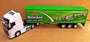 Volvo FH500 Heineken - Escala 1/64 + Carreta (Escala 1/68) = 25 CM