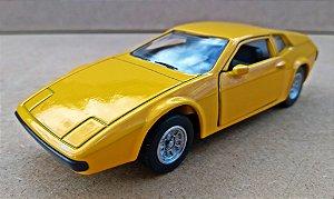 Miura Sport Coupé 1977 - Escala 1/43 - 11 CM