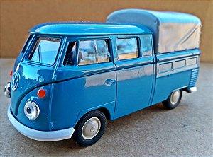 Volkswagen Kombi Cabine Dupla Azul - Escala 1/43 - 11 CM