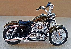 Harley Davidson XL 1200V 2012 Dourada - ESCALA 1/18 - 12 CM