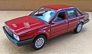 Volkswagen Santana  Vinho - Escala 1/43 - 11 CM