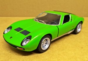 Lamborghini Miura P400 SV 1971 Verde - Escala 1/32 13 CM