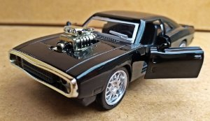 Dodge Charger 1970 Custom Preto - Escala 1/38 -12 CM