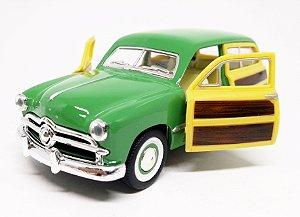 Ford Woody Wagon 1949 Verde - Escala 1/40 13 CM