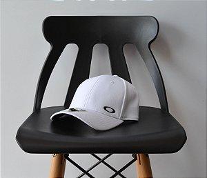 Boné Oakley Logo