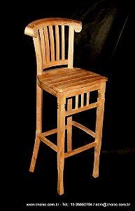 Banqueta modelo Harpa com assento de madeira - sem acabamento