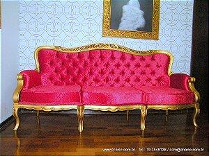 Sofá modelo Status Laca Dourada 03 lugares almofada solta no assento