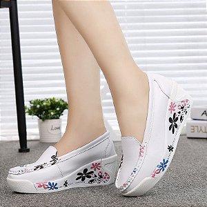 Sapato Plataforma com flores