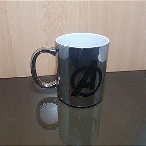 Vingadores - Caneca Premium Porcelana