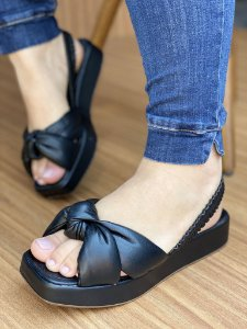 Sandália Preta Nó Almofadado