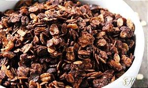 GRANOLA CROCANTE COM CACAU 100G (SABOR CHOCOLATE)