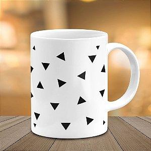 Caneca Minimalista Triângulos