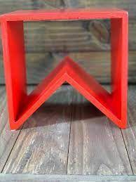Suporte para Doces em Madeira Bandeirinha Rústico Vermelho - 20cm x 20cm - Rizzo