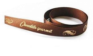Fita de Cetim Decorada Marrom Chocolate Gourmet 15mm ECF003H Cor 248 - 10 metros - Progresso - Rizzo Embalagens