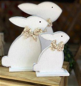 Coelhos Sentados Trio Branco em Madeira com Laço - 3 Unidade - Rizzo Embalagens