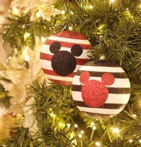 Kit Bola Mickey Silhueta Listras Vermelho e Preto 8cm - 04 unidades - Natal Disney - Cromus - Rizzo Embalagens