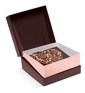 Caixa Specialla para Meio Ovo Coração 200g 13x13x6,5cm Rosê Gold e Marrom - 06 unidades - Cromus Páscoa - Rizzo Embalagens