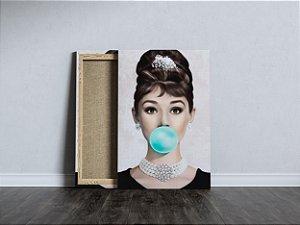 Quadro Audrey Bonequinha De Luxo Tecido Canvas Tela