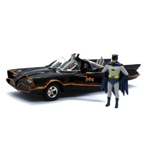 1966 BATMOBILE COM FIGURA 1/24