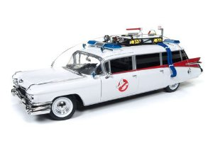GHOSTBUSTERS ECTO 1 AUTO WORLD 1/18