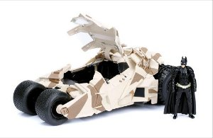 BATMOBILE 2008 DARK KNIGHT COM BONECO 1/24