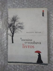 A Menina que Roubava Livros - Markus Zusak (pocket)