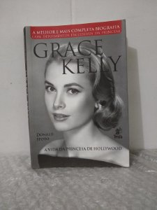 Grace Kelly - Donald Spoto
