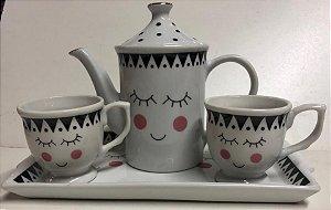 Kit Fofura 4 peças, Bule + 2 Xicaras Chá + Bandeja - Porcelana