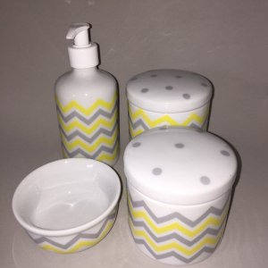 Kit Higiene Bebê 4 peças Chevron Amarelo