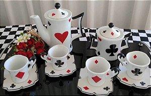 Kit Alice no Pais das Maravilhas - Modelo Cartas - Porcelana - 6 Peças
