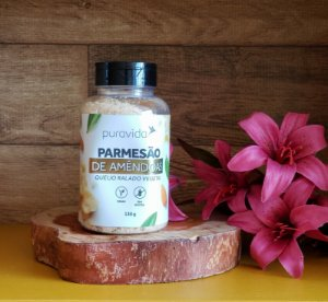 Parmesão de amêndoas - queijo ralado vegetal - PURA VIDA