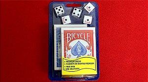 2  Baralhos Bicycle  Premium Standard - 1 Vermelho  1 Azul + 5 Dados
