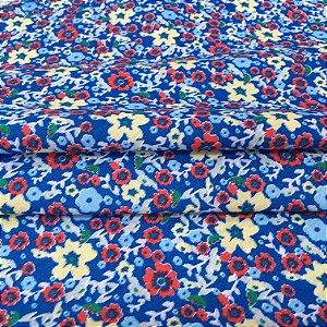 Tecido Tricoline Chita Patchwork Mini Floral Amarelo e Vermelho Fundo Azul - Gramado 56
