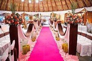 Passadeira Carpete 2m Largura Rosa Para Casamento, Festas 5 Metros de comprimento