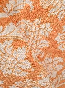 Tecido algodão impermeabilizado Linhão Floral Laranja e Creme Sev 41
