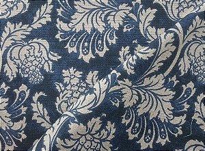 Tecido algodão impermeabilizado Floral Marinho e Cru Sev 05