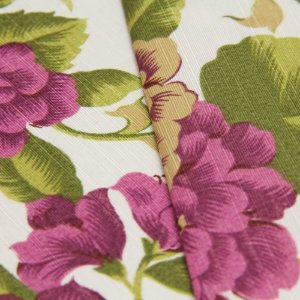 Tecido Floral Lilas, Verde e Bege, fundo creme - Turquesa 17