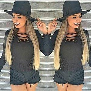 Cropped trico com ilhos preto